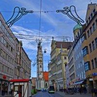 И вновь над городом  летают ангелы... :: Galina Dzubina