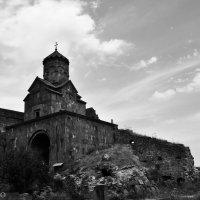 Церковь Сурб Аствацацин (Св. Богородица) в Татеве, построена в 1087 г. :: Nare Yan