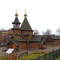 Подольск. Церковь Георгия Победоносца. :: Александр Качалин