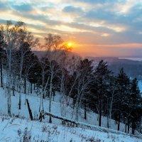 Уходящее за горизонт солнце :: Анатолий Иргл