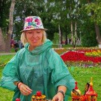 Летним днем в парке :: Валерий Талашов