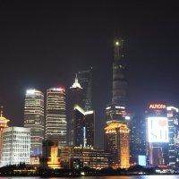 Шанхай, ночная набережная :: Сергей Смоляр