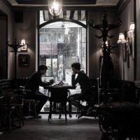 Разговор в кафе :: Сергей Шруба