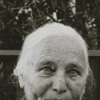 Моя любимая Бабушка :: Алёна Нетесова