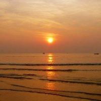 Персиковый закат на ГОА. :: Чария Зоя