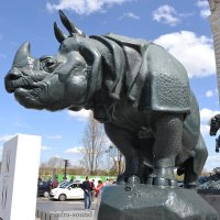 Носорог у музея де Орсэ :: Lüdmila Bosova