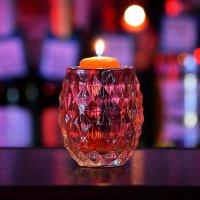 Когда горит свеча :: Валерий Лазарев