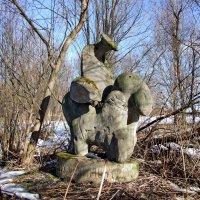 Скульптура в Талицах * :: Татьяна Белогубцева
