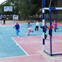 85. школьный футбол :: Mordechai Novenkii