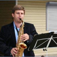 Саксофонист. :: Anatol Livtsov