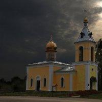 Свято-Троицкая церковь :: Карпухин Сергей