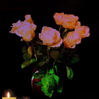 Розы и свечи :: Nina Yudicheva
