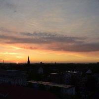 Вечер над городом :: Ольга