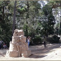 Песчаные скульптуры в зоопарке :: Вера