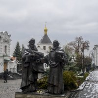 Памятник Кириллу и Мефодию :: Владимир Николаевич