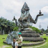 Лаос. Вьентьян. Парк Будды (2) :: Владимир Шибинский