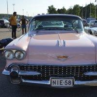 Красивые авто 2 :: Николаева Наталья