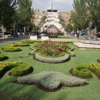 Каскад в Ереване :: Tata Wolf