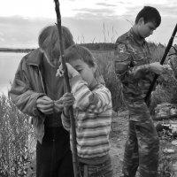 Очень ранняя рыбалка. :: Святец Вячеслав