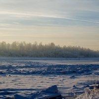 Морозный вечер на реке. :: Сергей Щербаков