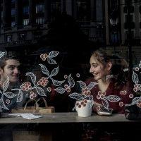 В кафе... :: Людмила Синицына