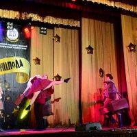 Походный танец :: Владимир Болдырев
