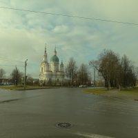 площадь и храм.. :: Михаил Жуковский