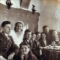 Застолье. 1939 год :: Нина Корешкова