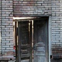 Дверь в никуда :: Наталья Джикидзе (Берёзина)