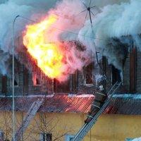 Пожар. :: Сергей Сенич
