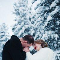 свадьба в лесу :: Никита Сыромятников