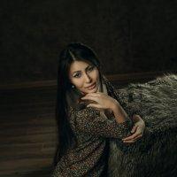 ***** :: Яна Шудра
