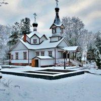 церковь... :: Ольга Cоломатина