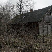 Проклятый старый дом :: Илья Романов