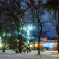 Вечер на детской площадке :: Виталий
