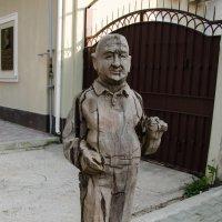 Удивительная улочка в Симферополе :: Анна Выскуб