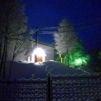 Усть-Вымь. Утро у Стефановской церкви. :: Николай Туркин