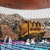 Церковь в скале в Хельсинки :: Олег Попков