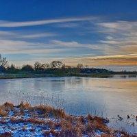 На  озере. :: Валера39 Василевский.