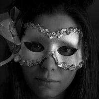 В маске :: Анастасия Кулагина