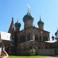Старая церковь :: Вера Щукина
