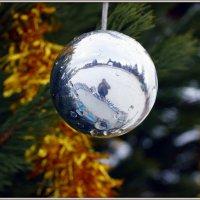Новогодние шары :: Андрей Заломленков