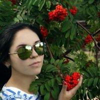 Красная рябина :: Ольга Гомозова