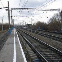 Платформа 2364 км. :: Юрий