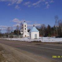 Часовня с Успенской церковью :: Виктор Мухин