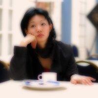 Красивая женщина + лёгкий кофе + мягкий фокус   .......   :-) :: Михаил Палей