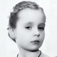 Серьезная юная леди :: Игорь Бурченков