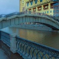 Вид с берега :: Пётр Сухов
