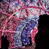 А Свету лампочки нужны... :: Ирина Данилова