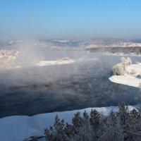Вид с моста на Ангару поздней осенью... :: Александр Попов